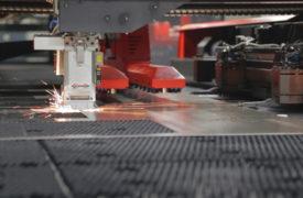 Laser-Cutting_Sparks-1024x576 (1)